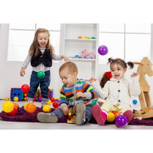 Unser Kleinkind-Spielzeug ist vielseitig und...