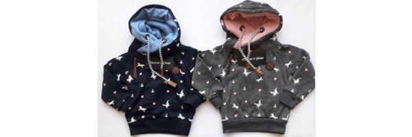 Hoodies / Kapuzenshirts